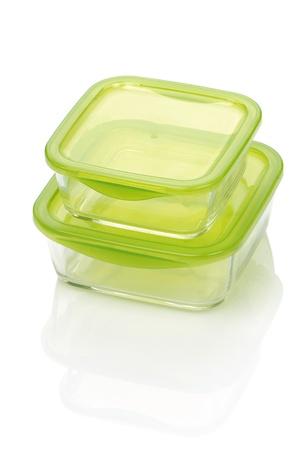envases plasticos: cristal dos contenedores aislados en blanco Foto de archivo