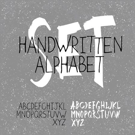 cartas antiguas: Manuscrito Alphabet Set. Dos en uno. En fondo monocromo textura