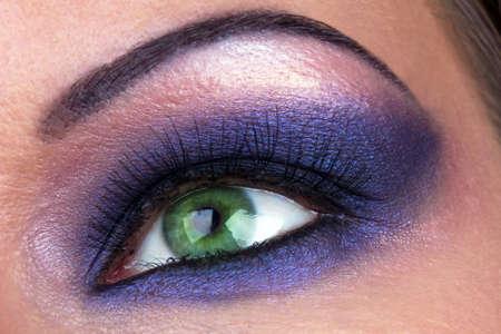 cejas: Maquillaje humo del ojo femenino, disparo de macro