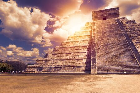 El Castillo (The Kukulkan Temple) of Chichen Itza, mayan pyramid in Yucatan, Mexico. Its one of the new 7 wonders of the world
