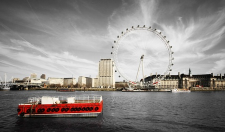 london eye: river Thames and London Eye