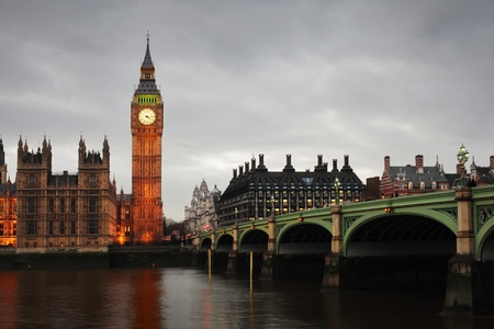 mp: Westminster Bridge and Big Ben in the evening Stock Photo