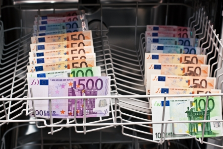 billets euros: le blanchiment d'argent avec des billets