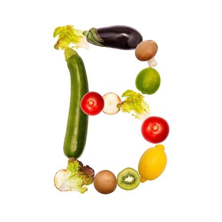 herbolaria: La letra b, construido con varias frutas y verduras, fuente disponible completa Foto de archivo