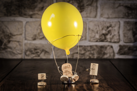 humanly: Concept Hot-air ballooning wine cork figures