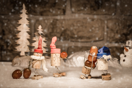 manlike: Concept harvest wine grapes of wine cork figures