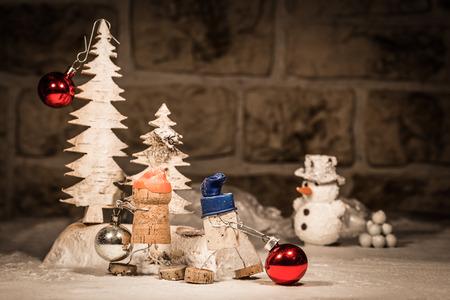 humanly: Concept Baubles decoration, wine cork figures