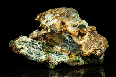 malachite: Malachit, quartz and Cavansite Conglomerate in front of Black
