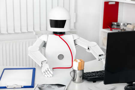 autonomous medicine professional robot in his office or surgery is ready for the visit with his patients Banque d'images