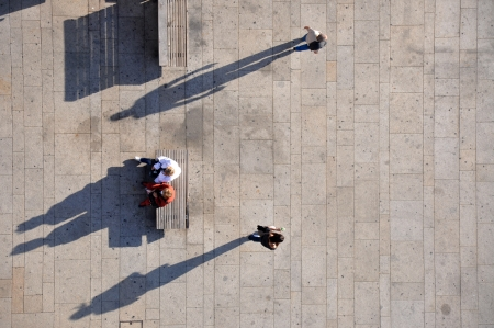 taken: People from above, taken from Porto bridge, Porto, Portugal