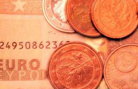 Geld Euro-Münzen und-Banknoten