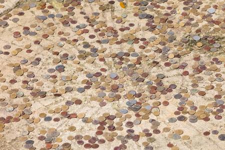 oude munten: Veel verschillende oude munten Stockfoto