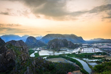 landscape viewpoint at Khao Daeng ,Sam Roi Yod national park, Prachuapkhirik han province Thailand Stock Photo - 17767296