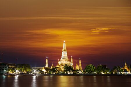 Wat arun in sunset, Bangkok Thailand photo