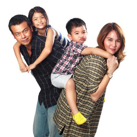 father and daughter: Hạnh phúc gia đình châu Á, mẹ và các con của cha, Isolated trong trắng