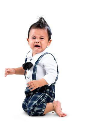 bebes ni�as: El llanto del beb�, aislado m�s de blanco