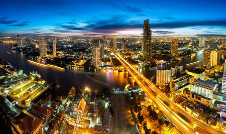 Bangkok stad in de schemering
