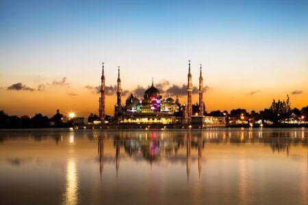 terengganu: Crystal mosque in Kuala Terengganu, Malaysia