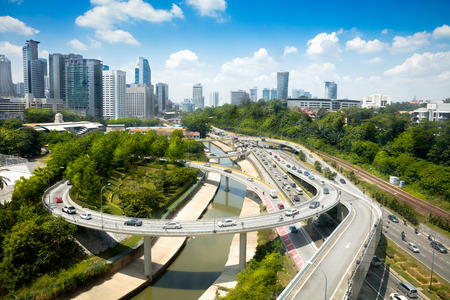 クアラルンプール、マレーシアの日光交通 写真素材