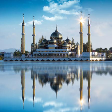 Crystal moskee in Kuala Terengganu, Maleisië Stockfoto - 64936660