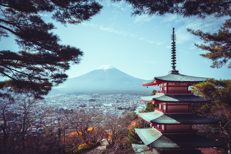 sengen: Mt fuji with red pagoda in autumn, Fujiyoshida Japan