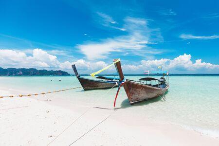 Longtale boat at Poda island, Krabi Thailand 스톡 콘텐츠