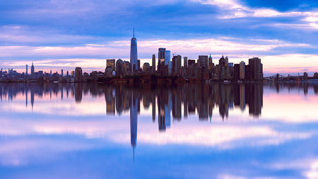 Manhattan skyline with reflection, New york USA Фото со стока - 114054703