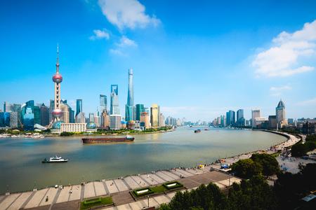 Shanghai skyline, Panoramic view of shanghai skyline and huangpu river, Shanghai China Фото со стока - 119755706