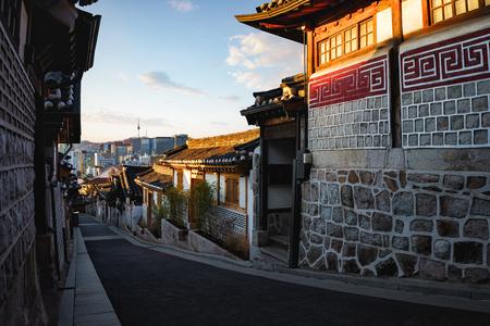 Traditional Korean style architecture. Bukchon Hanok Village, Seoul South Korea Фото со стока
