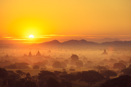 Scenic sunrise above bagan in Myanmar Bagan is an ancient city with thousands of historic buddhist Stok Fotoğraf
