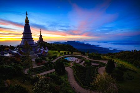 The Great Holy Relics Pagoda Nabhapolbhumisiri, Chiang mai, Thailand Фото со стока - 122104493