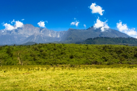 nationalpark: Background picture of mountains in Arusha nationalpark, Tanzania