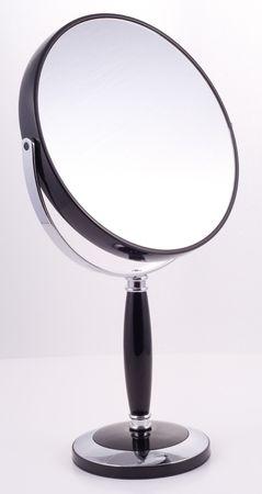 penumbra: Mirrors for the bathroom, luxury goods