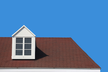 modern gable roof design house wall with clear blue sky background. Stockfoto - 124975030