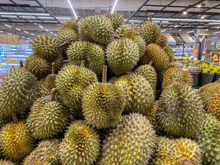 2020 May 20. Bangkok Thailand. Fresh organic Thai durian on sale at supermarket. Redactioneel