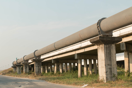 The high pressure pipeline Standard-Bild