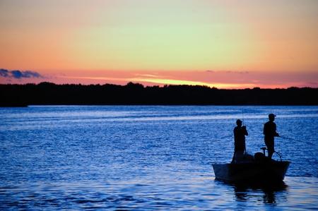 Vissen bij Zonsondergang in Wisconsin