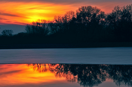Christmas Sunset at Chester Creek - Lake Petenwell -  Wisconsin