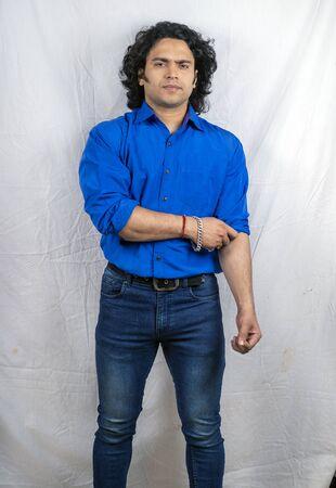 asian model wearing blue shirt front pose Zdjęcie Seryjne