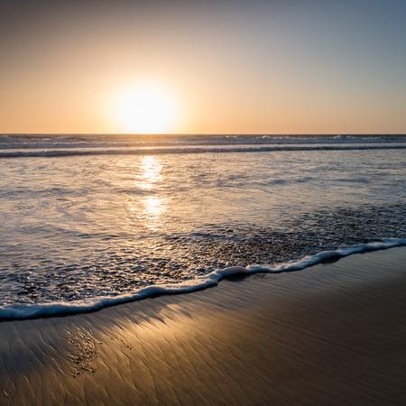 Zonsondergang over de oceaan. San Diego strand. Stockfoto