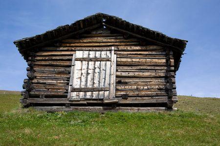 stopping: Framehous in the mountains, Holzhaus in den Bergen