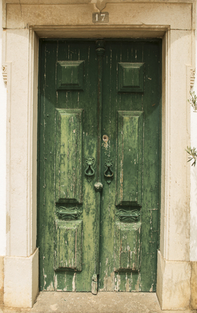 oldened: Old grrens doors