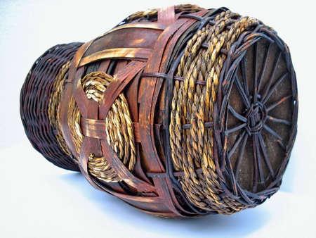 crock: knit round crock