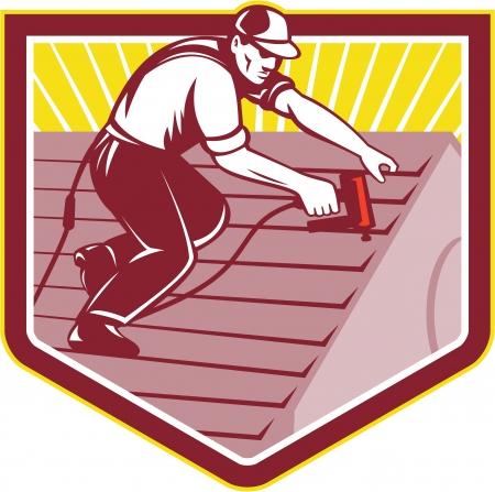 toiture maison: Illustration d'une construction couvreur toiture ouvrier travaillant sur le toit de la maison avec cloueuse cloueuse nailgun fait dans le style r�tro