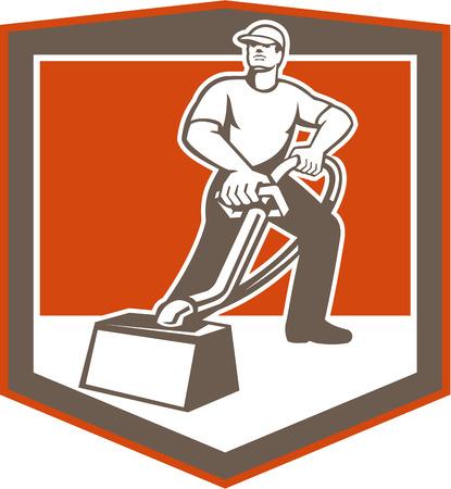 Illustration eines männlichen Arbeitnehmers Teppichreiniger Reinigung Staubsaugen mit dem Staubsauger von vorne innen Wappenschildform setzen auf isolierte Hintergrund im Retro-Stil getan betrachtet.