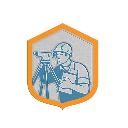 teodolito: Metálico estilo ilustración de un ingeniero geodésico topógrafo con el instrumento teodolito agrimensura visto desde lado dentro cresta escudo hecho en estilo retro en el fondo blanco aislado.
