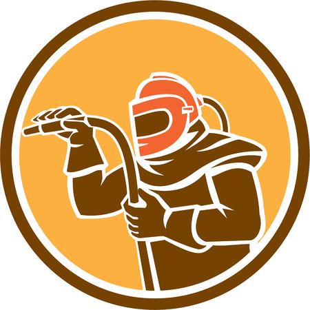 Illustratie van een sandblaster werknemer met zandstralen slang dragen van helm vizier bekeken vanaf de set binnen cirkel op geïsoleerde achtergrond gedaan in retro stijl kant.