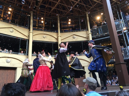 shakespearean: AUCKLAND-May 7: Actors of the Shakespearean play Twelfth Night performing at the Pop-up Globe Auckland , a full-scale working temporary replica of the second Globe Theatre originally built by Shakespeare and his company in 1614 in Auckland, New Zealand on