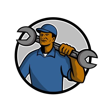 Maskottchenillustration eines schwarzen Afroamerikanermechanikers, der einen Schraubenschlüsselschlüssel auf Schulter innerhalb des Kreises auf lokalisiertem weißem Hintergrund hält, der im Retro-Stil gemacht wird.