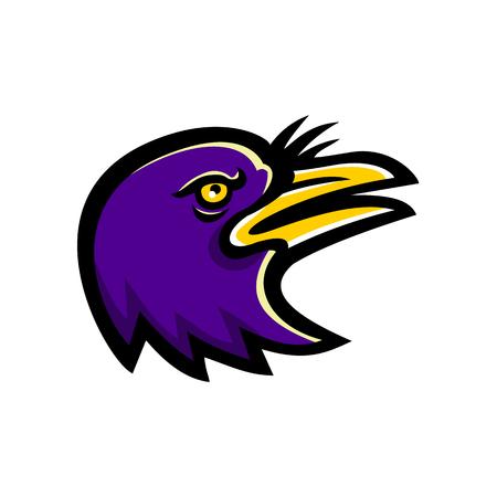 Icône mascotte illustration de la tête d'un corbeau américain, une grande espèce d'oiseau passereau de la famille des Corvidae, levant vu de côté sur fond isolé dans un style rétro.